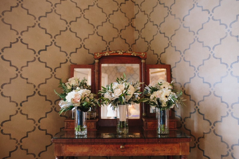 Cameron and Hannah's Grand Island Mansion Wedding in Walnut Grove, California - Classy and stunning // SimoneAnne.com