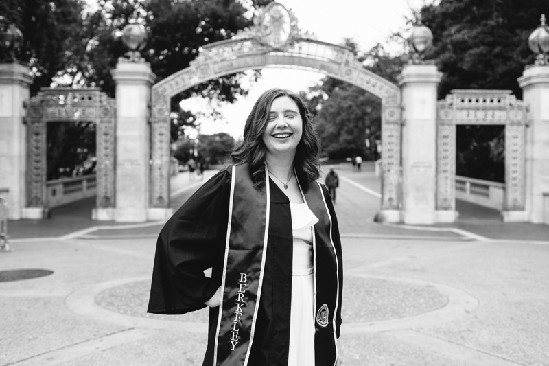 UC Berkeley Graduation Photography - Cal Graduation Photographer // SimoneAnne.com