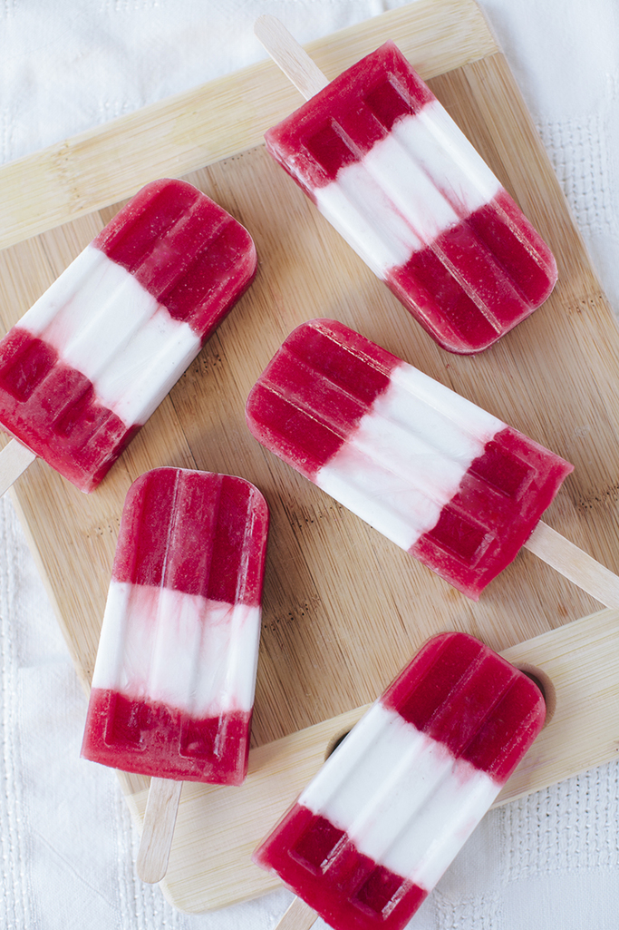 Striped Strawberries & Cream Popsicles (Vegan), with Recipe // SimoneAnne.com