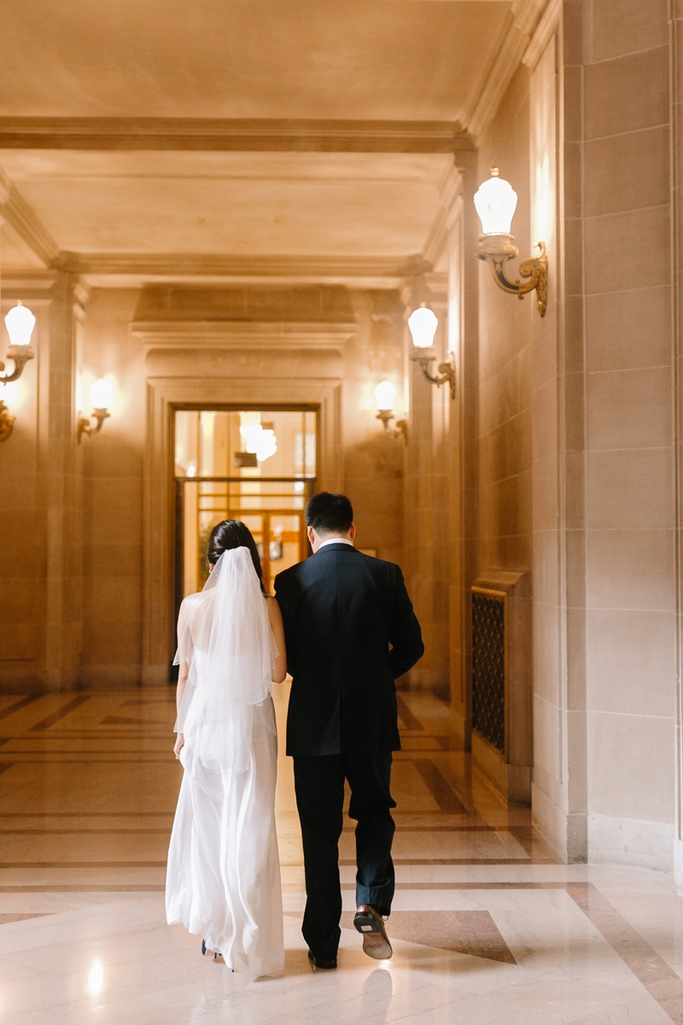 Intimate, romantic and dream San Francisco City Hall wedding / elopement. / San Francisco City Hall Wedding Photographer / I can't get enough of these! // SimoneAnne.com